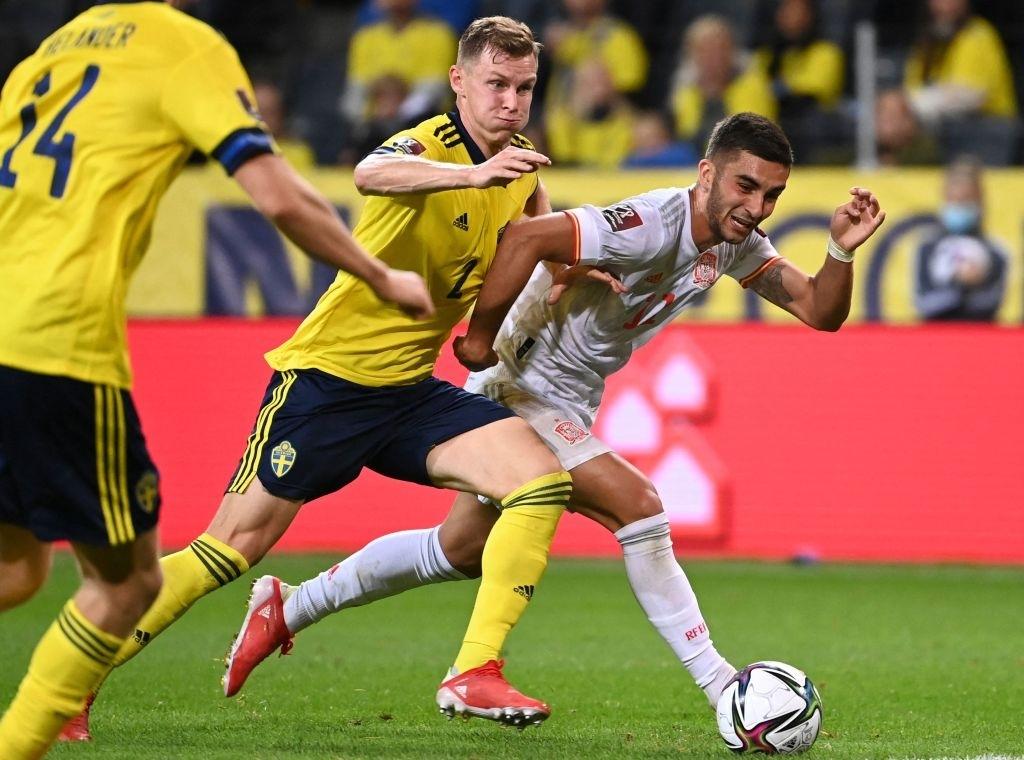 Hàng tiền vệ mắc sai lầm, Tây Ban Nha ngậm ngùi nhận thất bại 1-2 trước Thụy Điển - Ảnh 7.