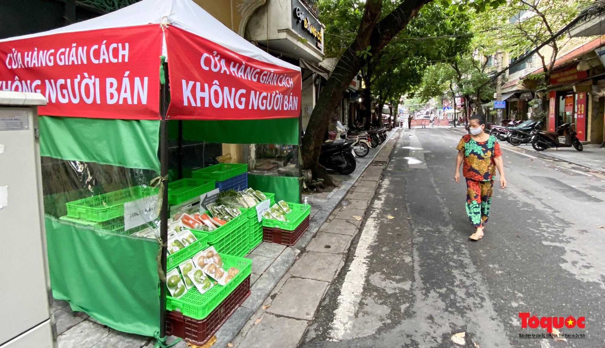 Hà Nội: Cửa hàng thiết yếu không người bán, người mua cũng không cần phải trả tiền ngay - Ảnh 1.