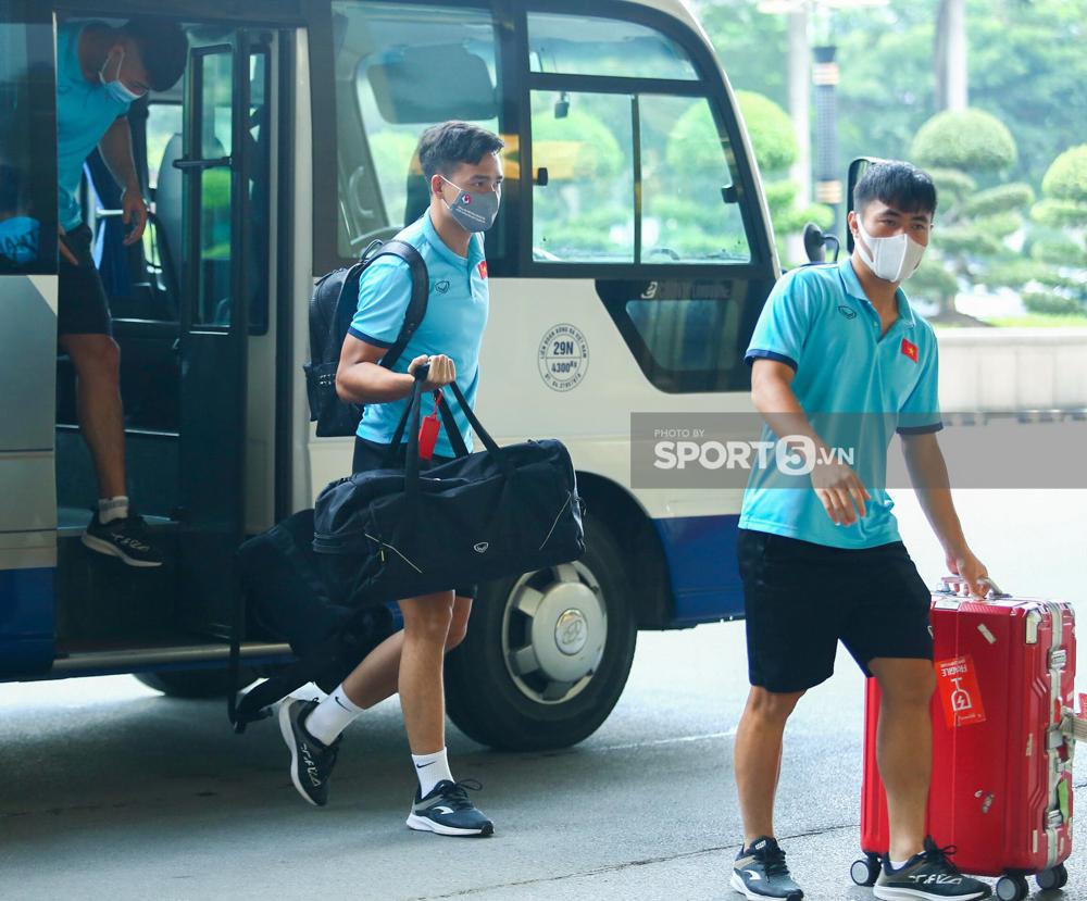 Trước giờ lên đường đấu tuyển Trung Quốc: Lộ diện cái tên đầu tiên bị loại - Ảnh 2.