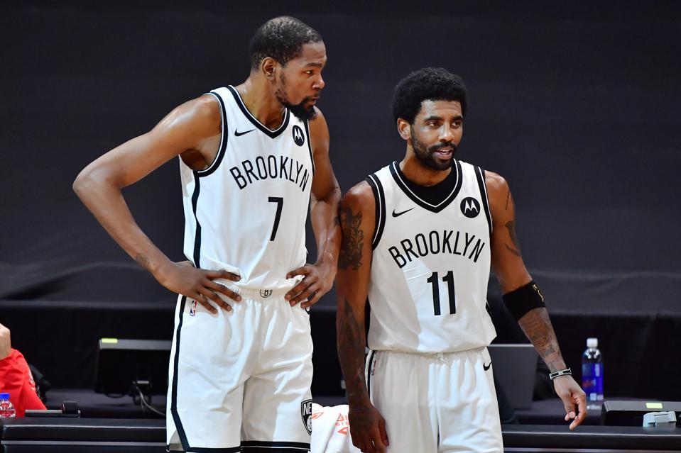 """Phải chăng giá trị của Kyrie Irving trong mắt giới chủ NBA đã """"chạm đáy""""? - Ảnh 5."""