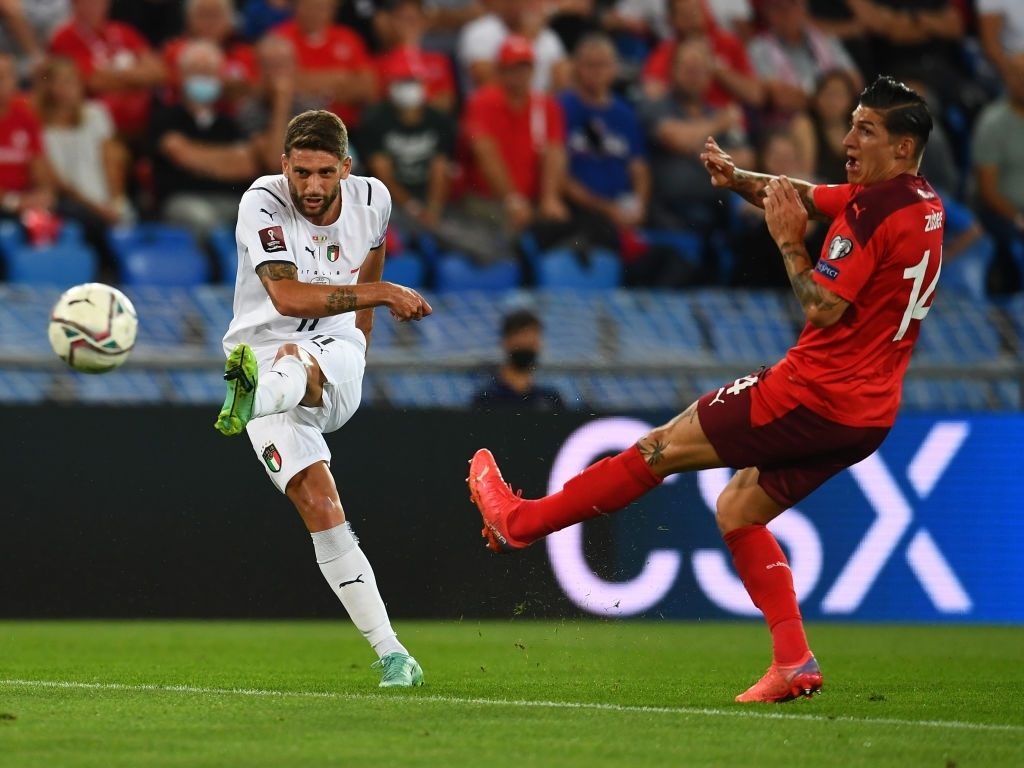Jorginho đá hỏng 11m, Italia hoà Thuỵ Sĩ trong trận cầu không bàn thắng - Ảnh 3.