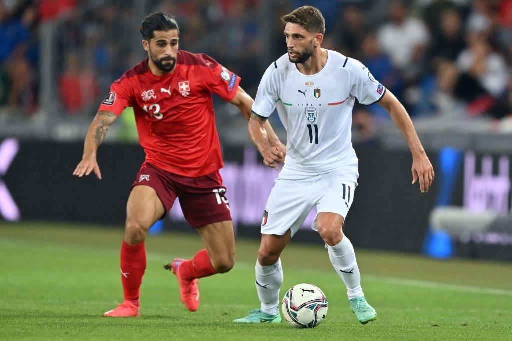 Jorginho đá hỏng 11m, Italia hoà Thuỵ Sĩ trong trận cầu không bàn thắng - Ảnh 1.