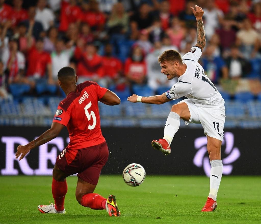Jorginho đá hỏng 11m, Italia hoà Thuỵ Sĩ trong trận cầu không bàn thắng - Ảnh 4.