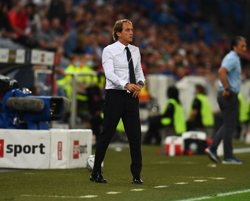 Jorginho đá hỏng 11m, Italia hoà Thuỵ Sĩ trong trận cầu không bàn thắng - Ảnh 10.
