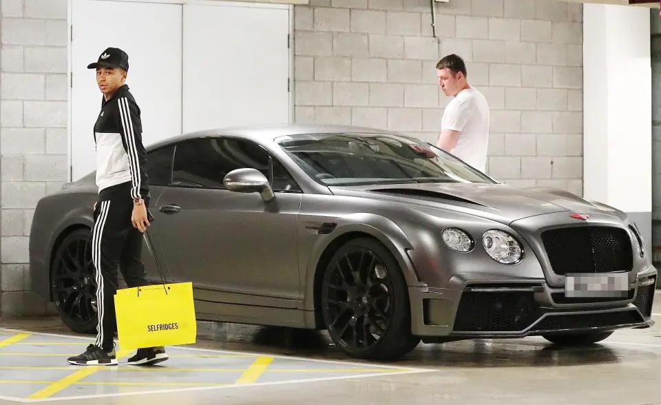 Thi đấu phập phù tại MU, Jesse Lingard vẫn sở hữu bộ sưu tập xe khủng: Tổng giá trị gần 2 triệu USD, gồm nhiều bản độ hàng hiếm - Ảnh 6.
