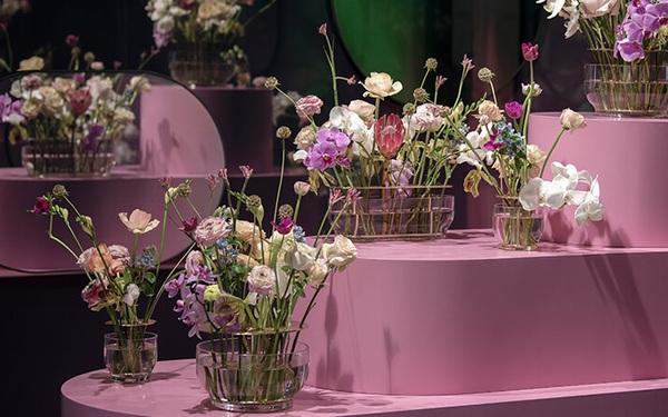 """Hãng nội thất yêu thích của Son Ye Jin có bán cả lọ cắm hoa: Giá cao nhưng """"đáng đồng tiền bát gạo"""", vụng mấy cũng cắm được bình hoa đẹp - ceo tống đông khuê"""