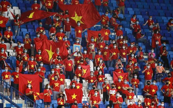 """Tin vui: Bức xúc chủ nhà """"ôm vé"""" đã được giải tỏa, CĐV Việt Nam sẽ tiếp tục đồng hành cùng đội tuyển trong trận """"chung kết"""" của bảng G vòng loại World Cup 2022"""
