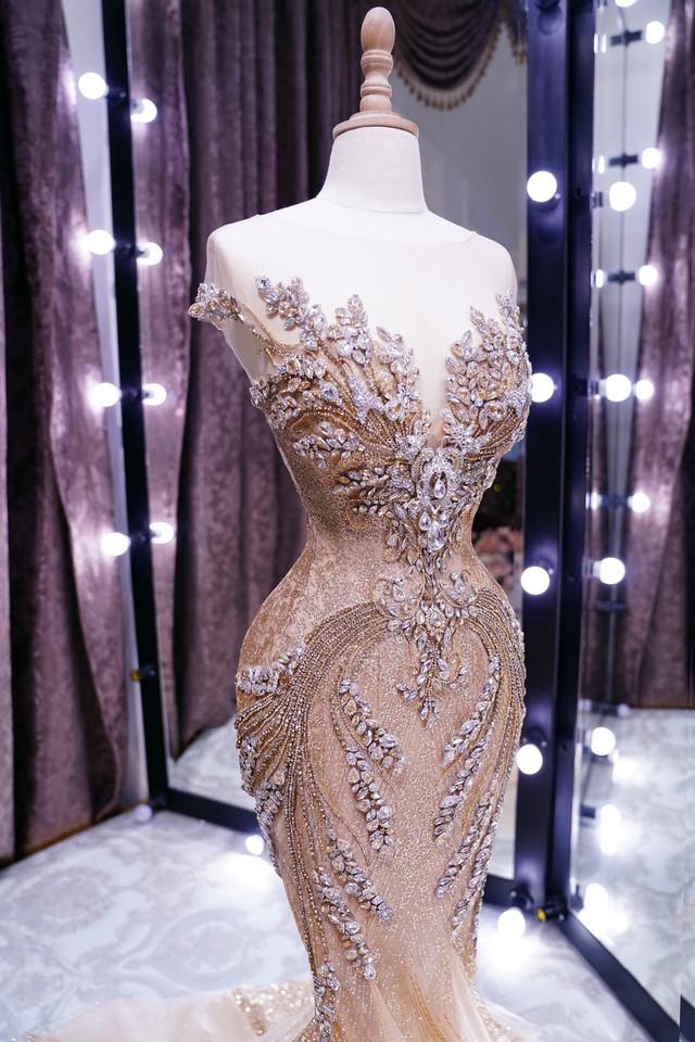 Lộ diện chiếc đầm dạ hội mà Phương Nga sẽ diện trong đêm chung kết Miss Grand International 2018 - Ảnh 2.