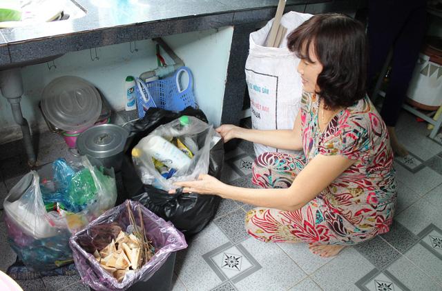 20 triệu đồng là số tiền bị phạt nếu cố tình không phân loại rác - Ảnh 1.
