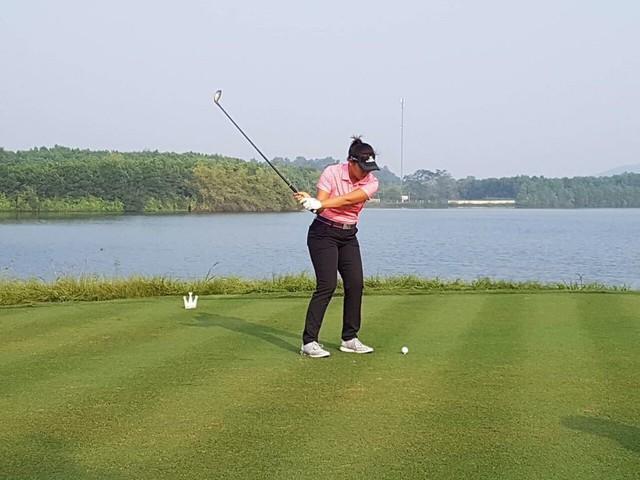 Hơn 60 vận động viên tranh tài ở môn Golf Đại hội Thể thao toàn quốc lần thứ VIII - Ảnh 1.