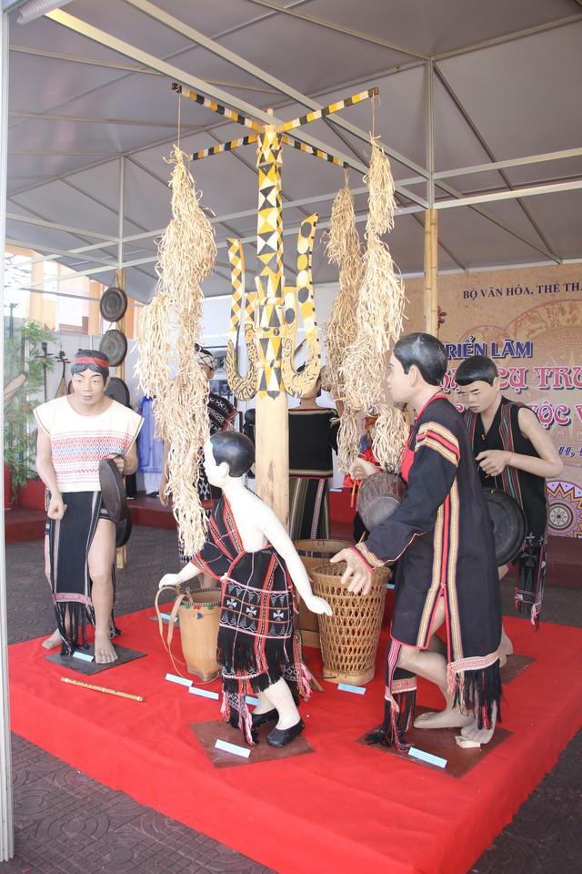 12 tỉnh, thành phố khoe nhạc cụ truyền thống các dân tộc - Ảnh 1.