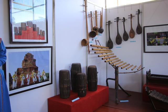 12 tỉnh, thành phố khoe nhạc cụ truyền thống các dân tộc - Ảnh 2.