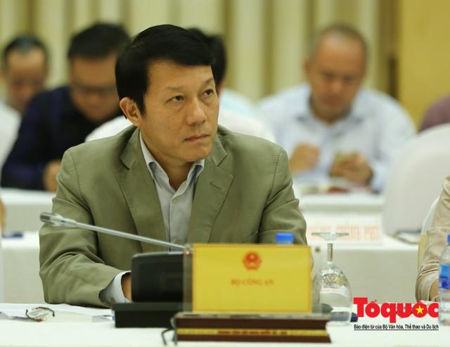 Bộ Công an nêu 4 lý do về quy định lưu trữ dữ liệu, đặt chi nhánh tại Việt Nam trong Luật An ninh mạng là phù hợp - Ảnh 1.
