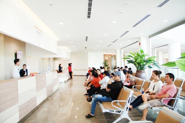 Cửa ngõ miền Tây TP HCM có bệnh viện 1.500 tỷ đồng - Ảnh 2.