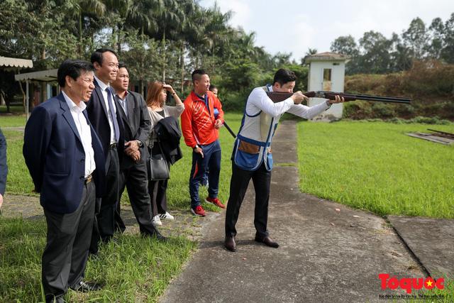 Bộ trưởng Nguyễn Ngọc Thiện gặp mặt, giao lưu cùng xạ thủ 4 lần vô địch Olympic, Jin Jong Oh - Ảnh 3.