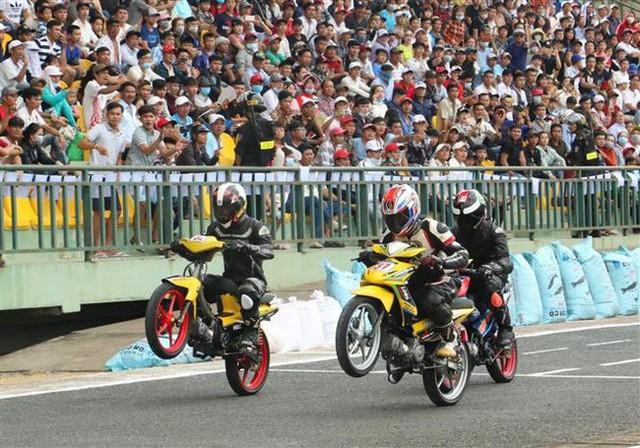 Cần Thơ: Tổ chức Giải đua xe Mô tô toàn quốc Cúp vô địch quốc gia năm 2019 - Ảnh 1.