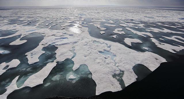 Tàu chiến Nga – Mỹ thổi bùng băng giá Bắc Cực - Ảnh 1.