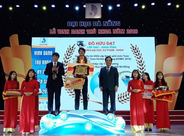 ĐH Kinh tế- ĐH Đà Nẵng: Thí sinh tuyển thẳng đạt giải Học sinh giỏi quốc gia sẽ được cấp học bổng 100% - Ảnh 1.