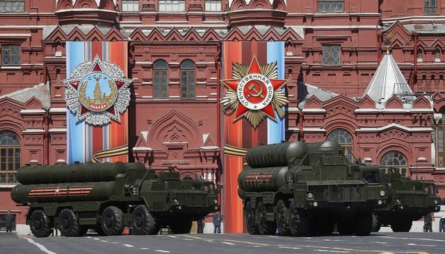 Tinh hoa quân sự NATO tính kế đối đầu tên lửa mới từ Nga - Ảnh 1.
