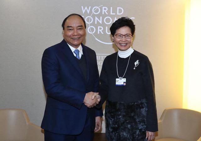 Thủ tướng có nhiều cuộc đối thoại, tiếp xúc song phương tại Davos - Ảnh 2.