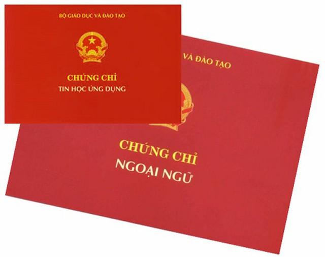Bộ Nội vụ thống nhất với Bộ GDĐT bỏ quy định chứng chỉ ngoại ngữ, tin học  - Ảnh 1.