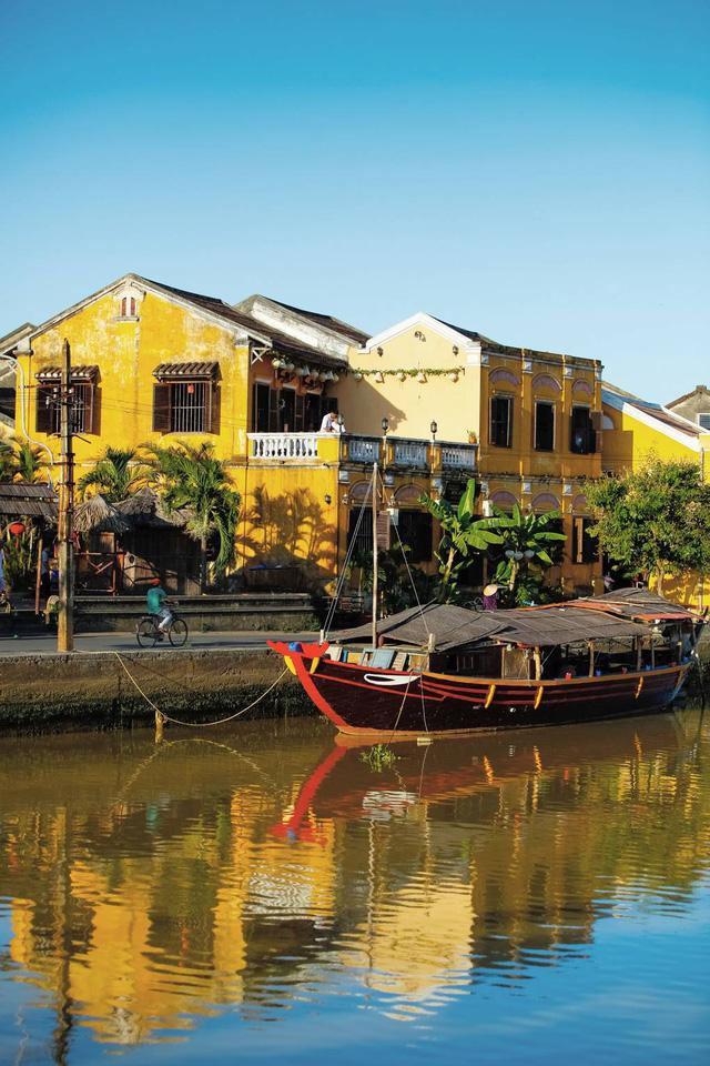 Việt Nam nằm trong top 10 quốc gia được du khách yêu thích nhất   - Ảnh 1.
