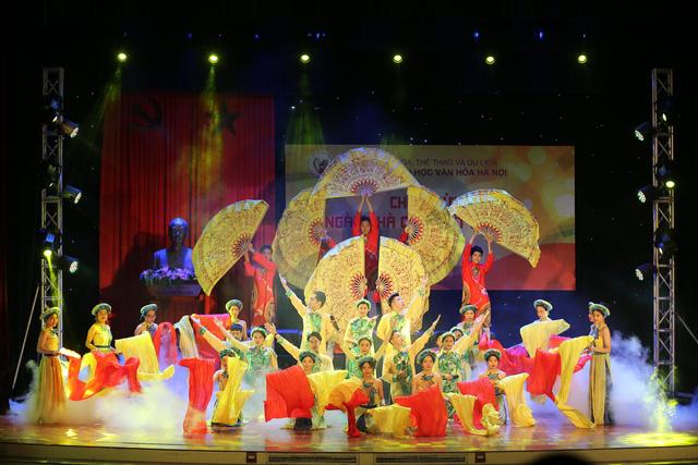 Trường Đại học Văn hóa Hà Nội long trọng kỷ niệm Ngày Nhà giáo Việt Nam  - Ảnh 4.