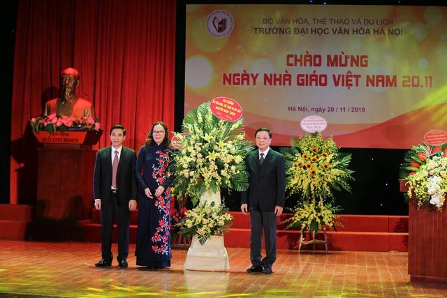 Trường Đại học Văn hóa Hà Nội long trọng kỷ niệm Ngày Nhà giáo Việt Nam  - Ảnh 3.