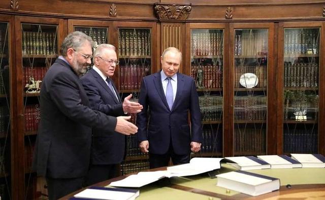 """Muốn """"đánh bật"""" ảnh hưởng Wikipedia, Tổng thống Putin nhắm tới đại kế hoạch của riêng Nga - Ảnh 1."""
