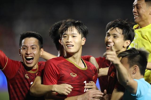 Lịch sử đối đầu bóng đsa giữa Việt Nam - Singapore tại SEA Games: Bất phân thắng bại - Ảnh 1.