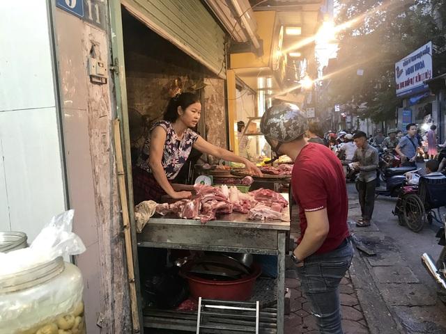 Bộ Công Thương lên tiếng về thiếu hụt thịt lợn trong dịp Tết Nguyên đán - Ảnh 1.