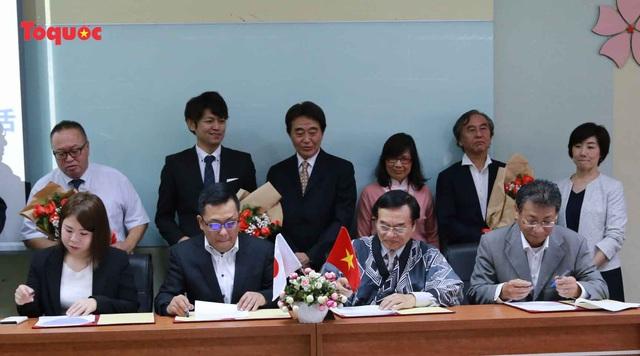 Đoàn doanh nghiệp TP Maebashi ký kết tiếp nhận sinh viên Việt Nam thực tập nghề nghiệp hưởng lương và làm việc tại Nhật Bản - Ảnh 1.