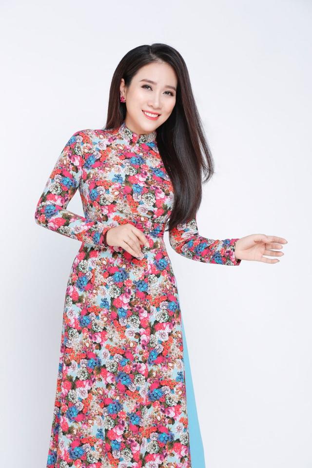 NSƯT Vân Khánh: Hạnh phúc khi được tham gia chương trình ý nghĩa như Vang mãi giai điệu Tổ Quốc năm 2020 - Ảnh 1.