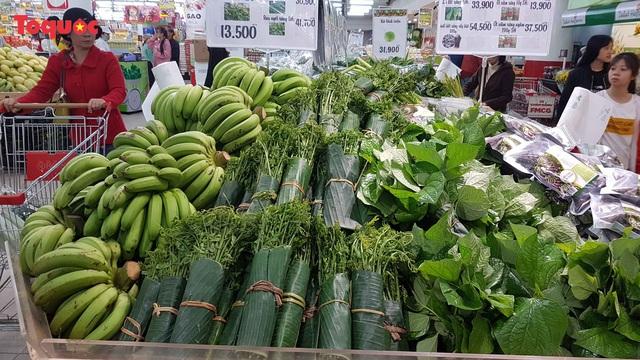 Đặc sản vùng cao vào siêu thị, người dân phấn khởi - Ảnh 9.