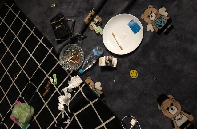 """24 nam nữ thuê nhà nghỉ """"mở tiệc"""" ma túy lúc rạng sáng - Ảnh 2."""