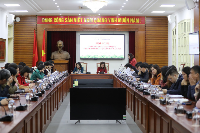 Thứ trưởng Trịnh Thị Thủy: Cục Văn hóa cơ sở cần chủ động xây dựng kế hoạch, kết nối với các đơn vị, địa phương trong thanh, kiểm tra công tác tổ chức và quản lý lễ hội - Ảnh 2.