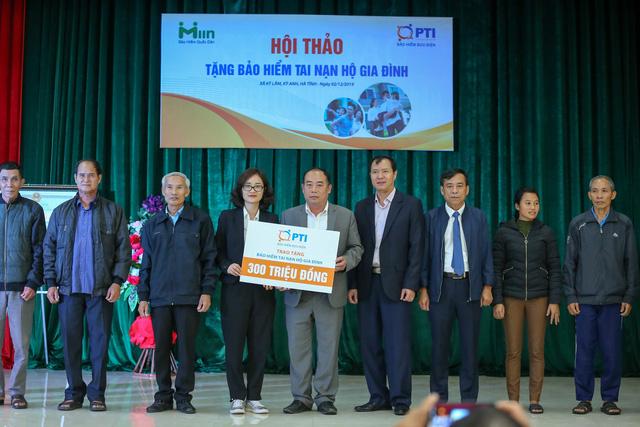 PTI trao tặng 1.500 suất bảo hiểm cho người dân Hà Tĩnh  - Ảnh 2.