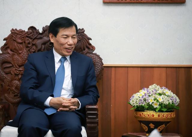 Hội đàm giữa Bộ trưởng Bộ VHTT&DL VN và Bộ trưởng Bộ GD&TT Lào - Ảnh 4.