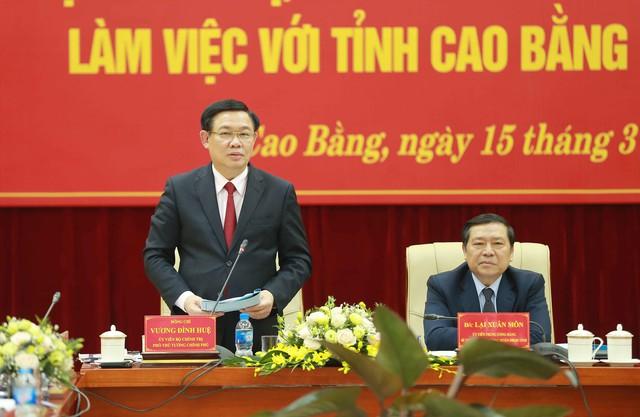 Phó Thủ tướng gợi ý Cao Bằng phát triển du lịch nông thôn gắn với tự nhiên và các di tích lịch sử  - Ảnh 1.