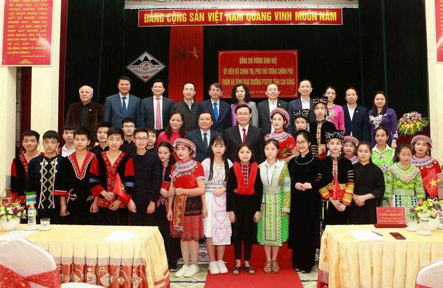 Phó Thủ tướng gợi ý Cao Bằng phát triển du lịch nông thôn gắn với tự nhiên và các di tích lịch sử  - Ảnh 3.