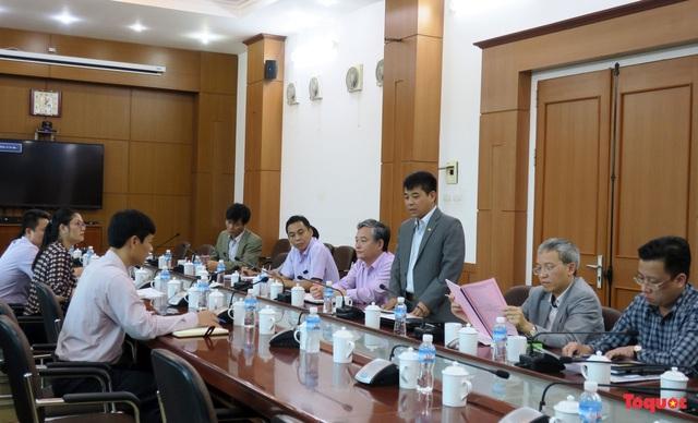 Đoàn công tác của Bộ VHTTDL làm việc với UBND TP Uông Bí về thông tin Truyền bá vong báo oán chùa Ba Vàng - Ảnh 1.