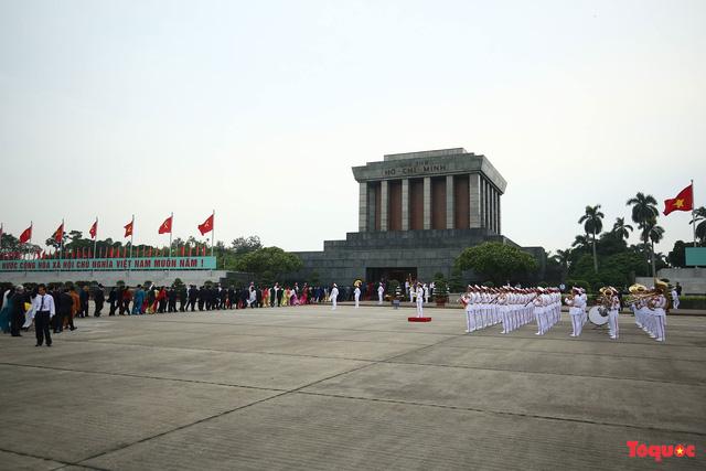 Bộ Quốc phòng thông tin về 50 năm giữ gìn, bảo vệ tuyệt đối thi hài Chủ tịch Hồ Chí Minh - Ảnh 1.