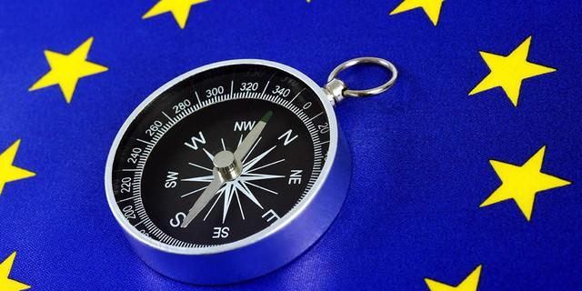 Vì đâu bước chân châu Âu xoay vần theo bàn cờ chính trị toàn cầu? - Ảnh 1.