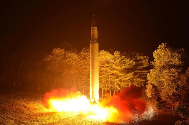 Liên hợp quốc tung cảnh báo mạnh về hạt nhân bên bờ vực - Ảnh 1.