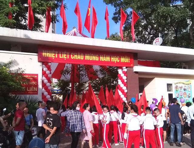 Các trường tại Hà Nội tổ chức khai giảng năm học mới vào sáng ngày 05/9 - Ảnh 1.