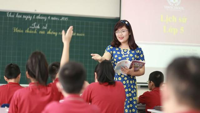 Địa phương đấu thầu đào tạo giáo viên theo nhu cầu xã hội - Ảnh 1.