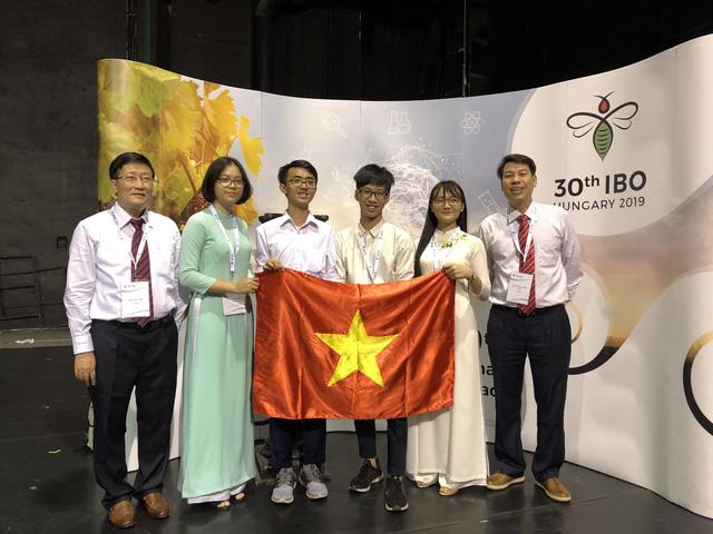 TP.HCM: Học sinh đoạt Huy chương Vàng hoặc giải nhất Giải Quốc tế sẽ được thưởng 200 triệu đồng - Ảnh 1.