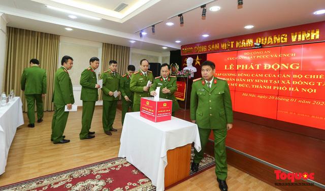 Lực lượng Cảnh sát PCCC và CNCH phát động học tập tấm gương của 3 liệt sĩ hi sinh vì bình yên cuộc sống - Ảnh 4.