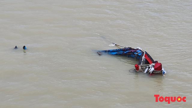 Tìm thấy thi thể ngư dân mất tích do mưa lũ - Ảnh 1.