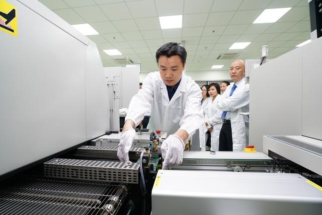 Khánh thành Dự án nghiên cứu sản xuất và lắp ráp thiết bị điện tử công nghệ cao SMT - Ảnh 3.